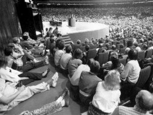 1988.A MRP KONVERENTS TALLINNA LINNAHALLIS